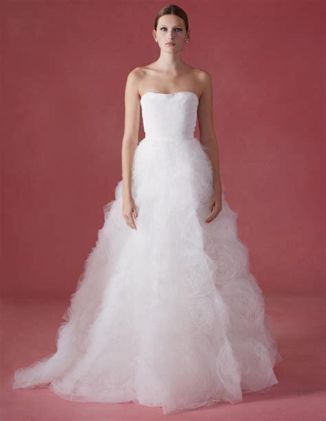 See Oscar de la Renta's Fall 2016 Wedding Dress Collection