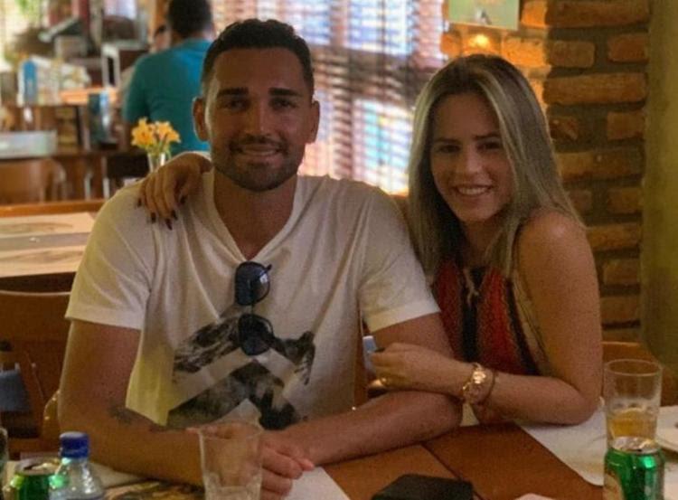 O jogador declarou acreditar que a situação coloca em risco a sua vida e da esposa - Foto: Reprodução | Instagram