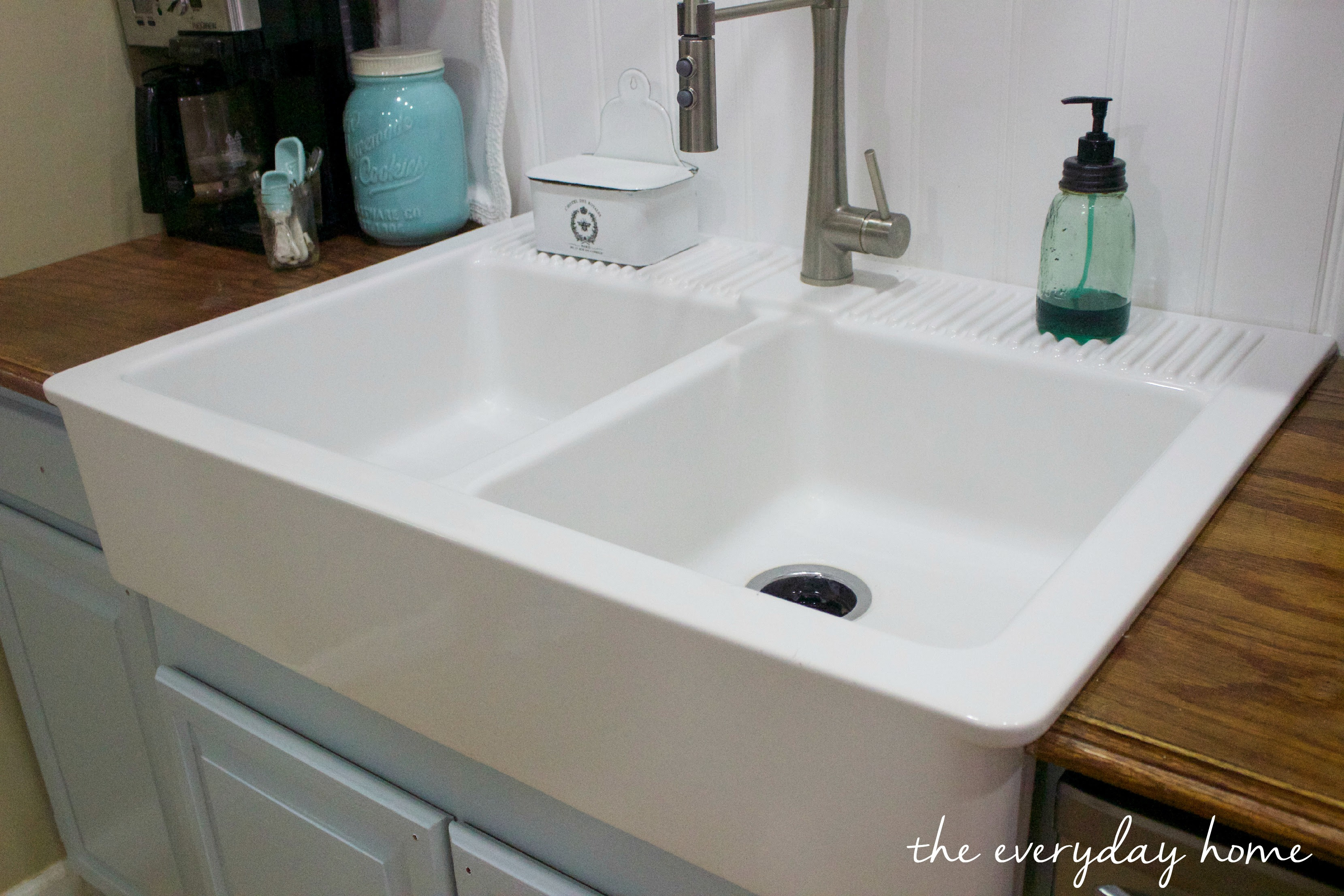IKEA-Farmhouse-Sink  The Everyday Home  www.evevrydayhomeblog.com (2)