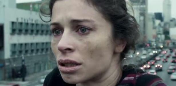 """16.set.2015 - Grazi Massafera faz Larissa, uma viciada em crack, na novela """"Verdades Secretas"""""""