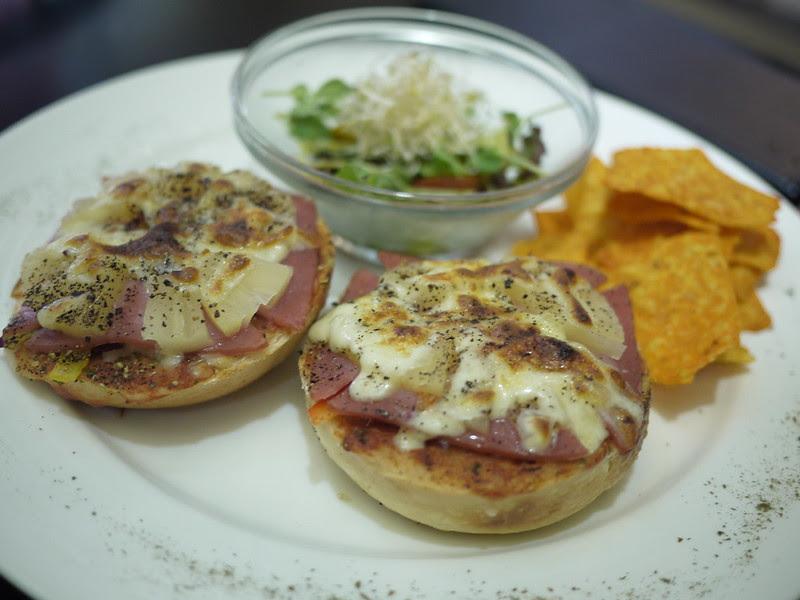 夏威夷火腿菌菇披薩