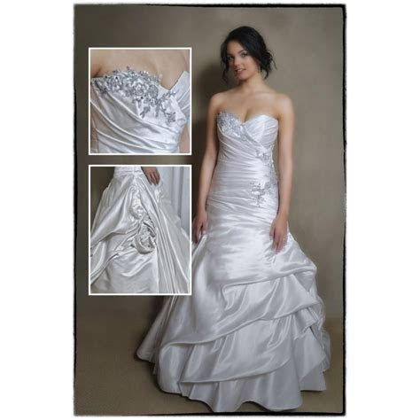 Richelles Wedding Dresses   Bridal Dresses, Flowergirl