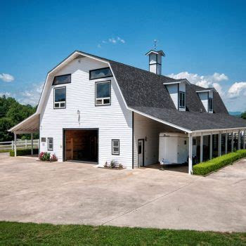 Barn Wedding Venues in Hendersonville, NC   The Horse Shoe