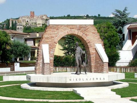 la medaglia del Presidente Napolitano al monumento di Nikolajewka