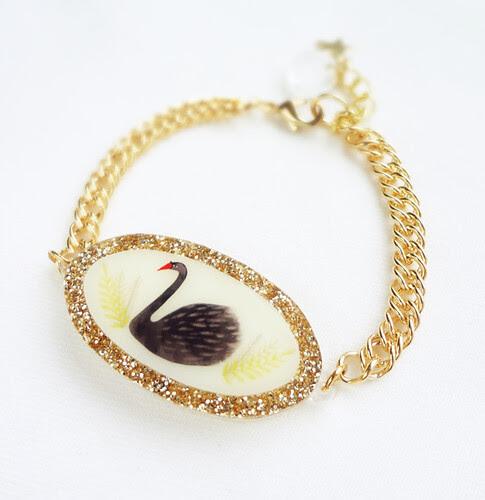 Gold Glitter Swan Bracelet