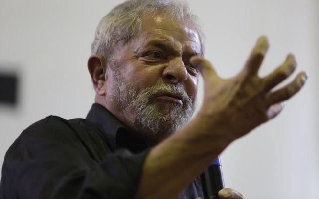Cresce expectativa pela prisão de Lula