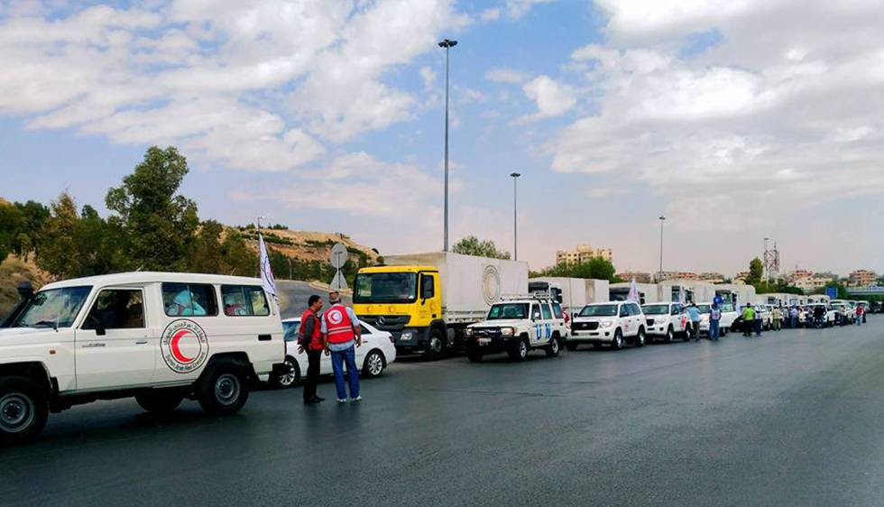Un convoy de ayuda humanitaria dirigido a las ciudades de Zabadani y Madaya, bajo control de los rebeldes, y a Foah y Kefraya, controladas por el régimen, a finales de septiembre.