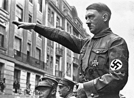 Adolf_Hitler-hail