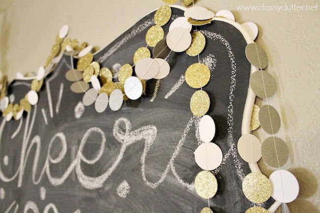 10 Black White And Gold Diys For Your Gorgeous New Years Party