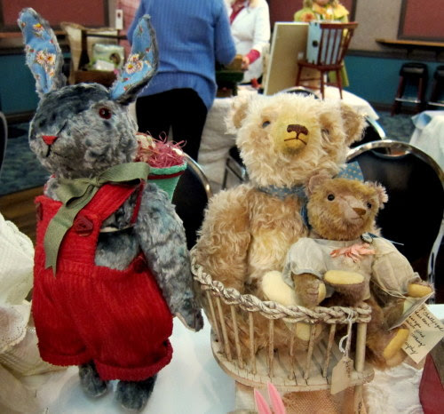 Pat Murphy's Garden …Pat definitely has Spring Fever. Each bear, bunny and chick were proud to be in her Easter Parade!