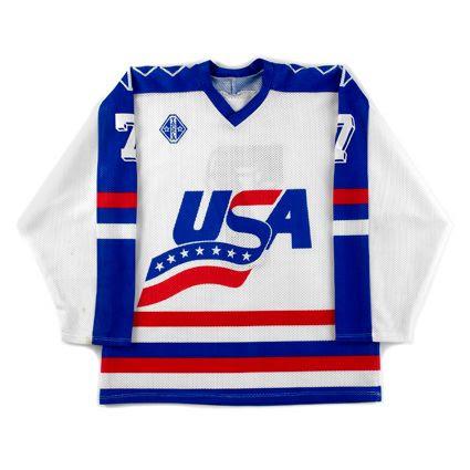 USA 1990-92 jersey photo USA 1990-92 F.jpg