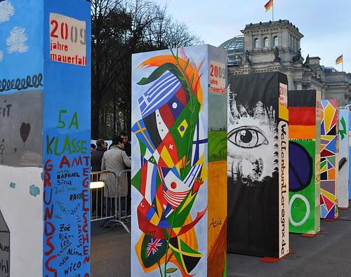 Dominosteine am Brandenburger Tor (42)