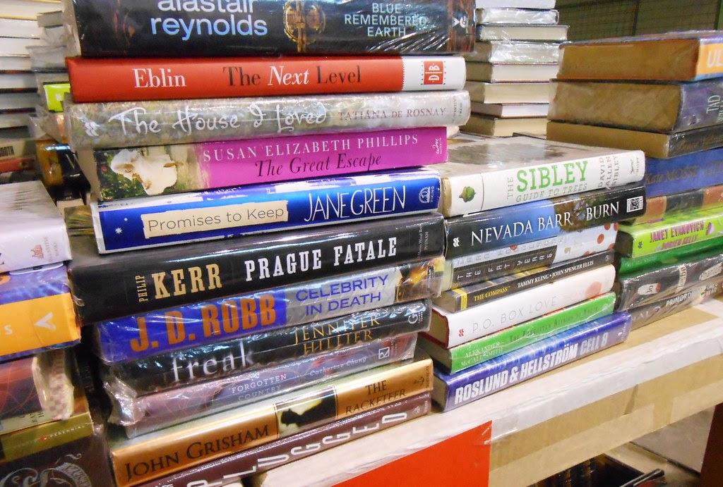 Warehouse sale books2