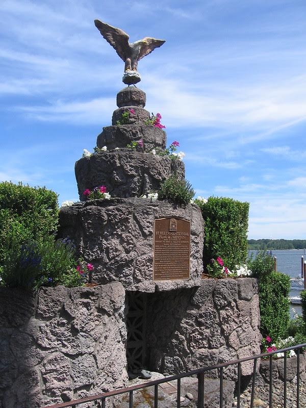 Centennial Fountain, St. Helens