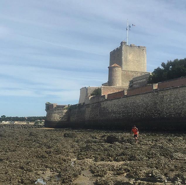 Muralha do Fort Vauban, no norte da França