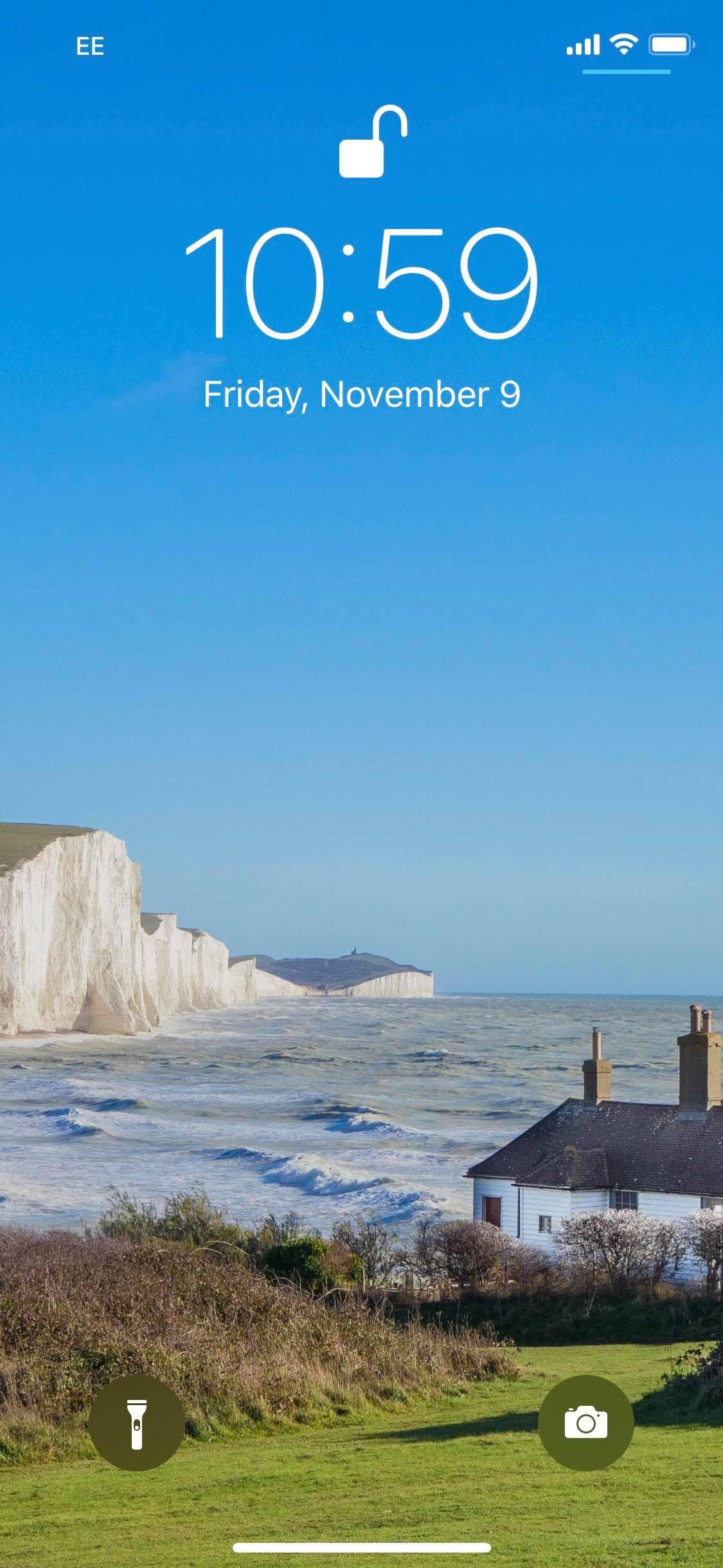 イギリスの絶景 セブンシスターズ スマホ用壁紙を期間限定プレゼント