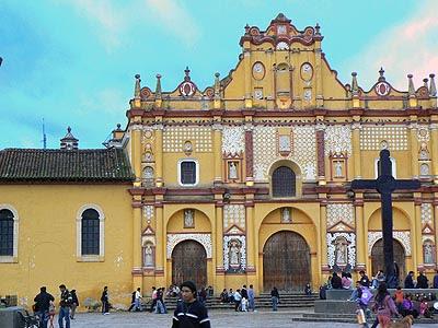 église de SAn Cristobal.jpg