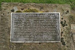 English: Plaque commemorating George Orwell