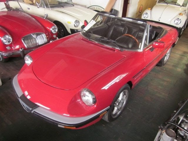 1986 Alfa Romeo Spyder Veloce vintage classic convertible