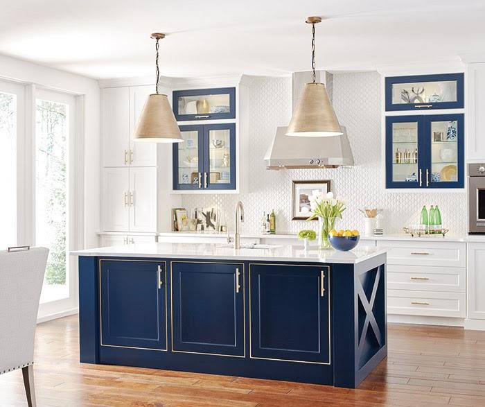 White Kitchen Cabinets With Blue Island Erigiestudio