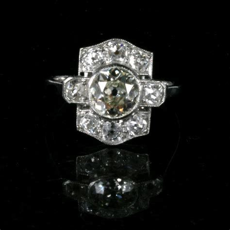 Buy Art Deco diamond engagement ring with 2.15cts of