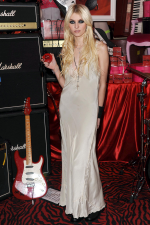 Taylor Momsen at Victoria's Secret Love Rocks Launch
