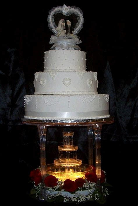 CAKE FOUNTAIN 3 TIER Rentals Tampa Bay FL, Where to Rent