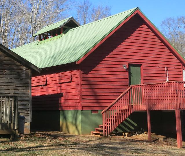 IMG_0062-2014-01-24-Shingleroof-Campground-McDonough-Georgia-single-red-green-clerestory