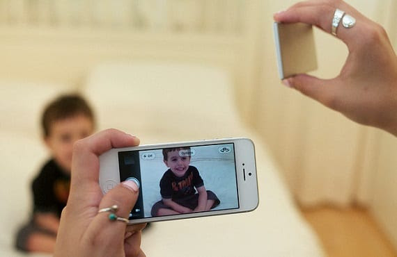 nova 01 Un exGoogler lanza Nova, un flash inalámbrico para terminales Android