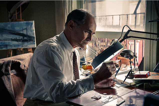 "In this image released by Disney, Mark Rylance appears in a scene from ""Bridge of Spies."" Rylance was nominated for an Oscar for best supporting actor on Thursday, Jan. 14, 2016, for his role in the film. The 88th annual Academy Awards will take place on Sunday, Feb. 28, at the Dolby Theatre in Los Angeles. (Jaap Buitendijk/DreamWorks Pictures/Fox 2000 PIctures via AP) ORG XMIT: NYET405 - arteoscar2016"
