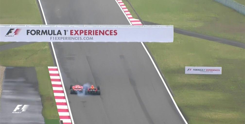 Vettel e Ricciardo tocaram rodas na disputa por posição (Foto: Reprodução)