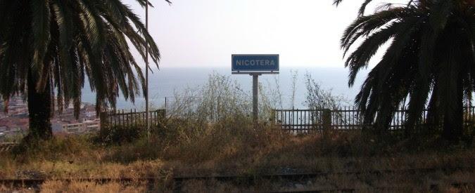 Calabria, a Nicotera i cittadini in rivolta per mare e acqua puliti