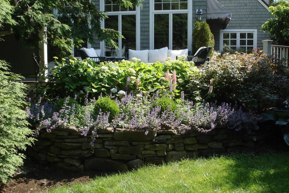 stonewall perennial garden