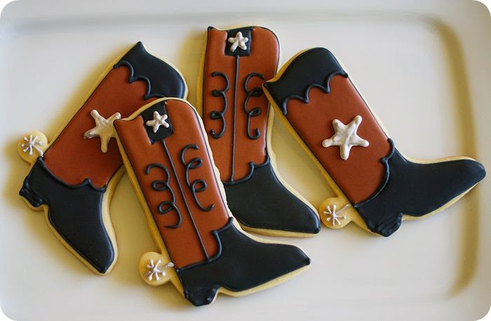 texas & cowboy boot cookie tutorial | bake at 350