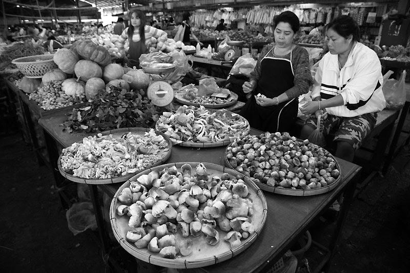 VTE Market BnW IMG_0421-w