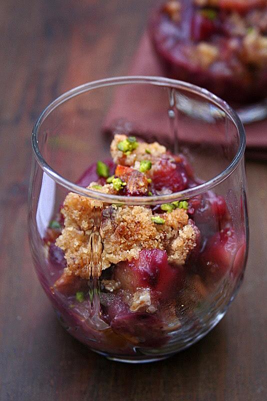 Cardamom & Pear Walnut Crisp