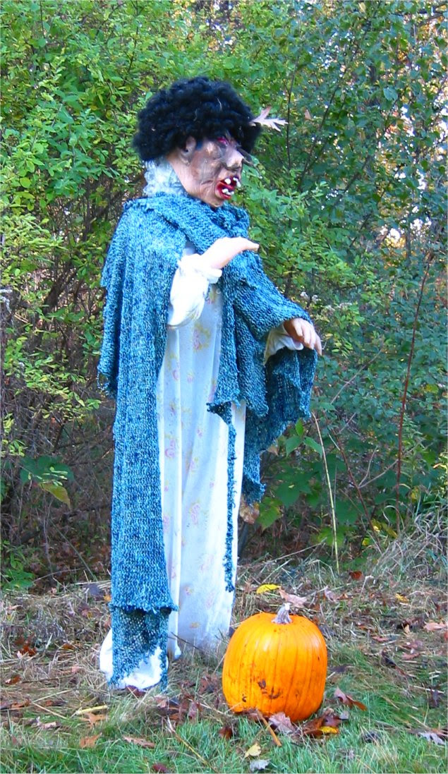 Lapham Peak Fright Hike 2005 - creepy pig lady finding a nice pumpkin - soul-amp.com