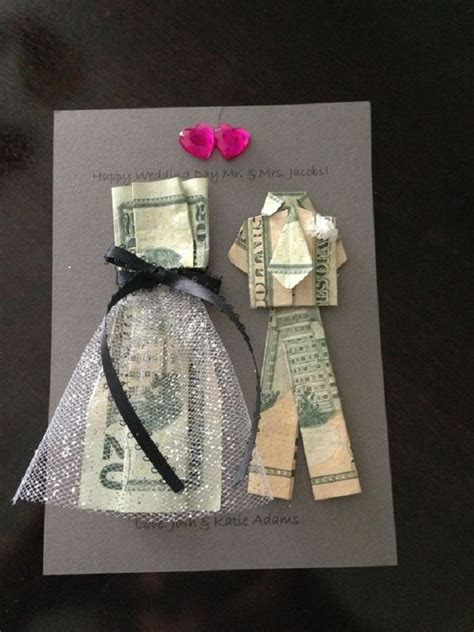 Bride and Groom Money Origami. A DIY Gift Idea for a