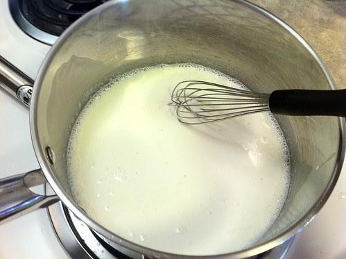 Heating Cream and Gelatin