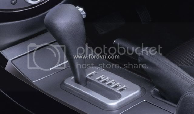 http://i1130.photobucket.com/albums/m530/phamdinhbang/Ford-Escape4.jpg