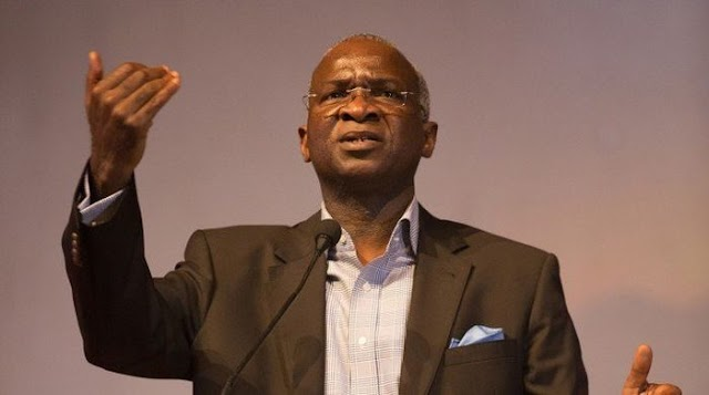 """""""Nigerian Roads Are Not That Bad"""" – Fashola"""
