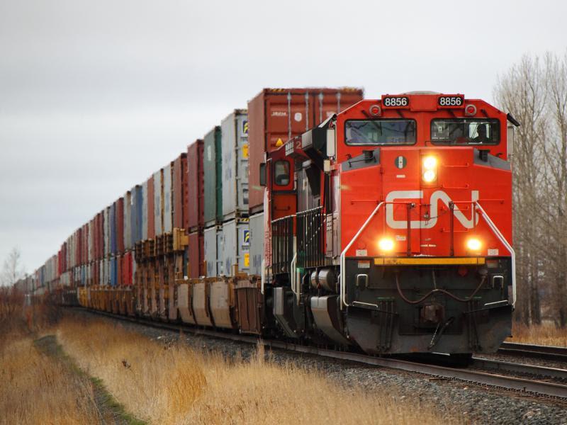CN 8856 in Winnipeg