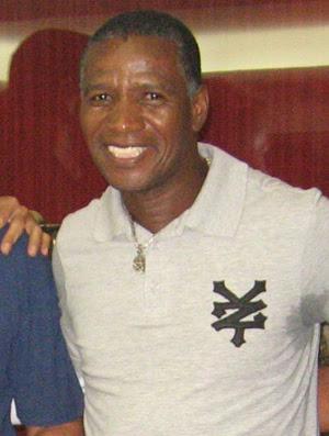 adilio ex-jogador (Foto: Globoesporte.com)