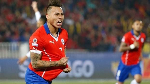 Vargas decidiu para o Chile, que disputará a final pela primeira vez em 28 anos