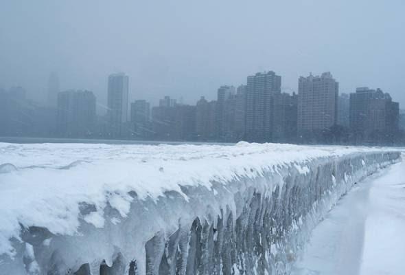 #Informasi: Cuaca Sejuk Melampau Di AS, 12 Maut.