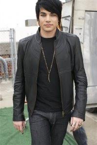 American Idol Runner Up Adam Lambert Signs Record Deal
