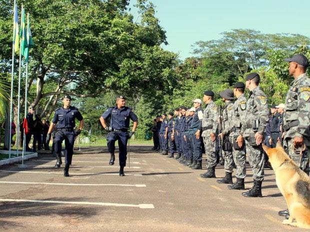 Troca de comando aconteceu com cerimônia, em Cacoal (Foto: PM/ Divulgação)