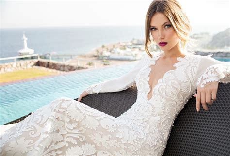 Julie Vino Wedding Dresses 2014   MODwedding