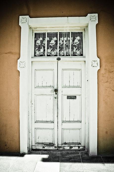 Cape Quarters - door