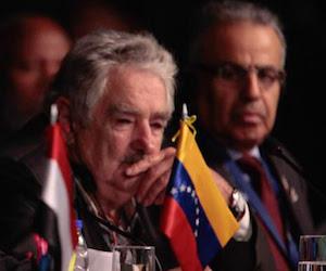 Mujica en la Cumbre del G77 en Bolivia. Foto: Prensa Presidencial Miraflores.